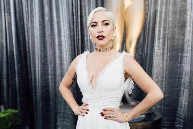 Lady Gaga en la alfombra roja de los  25th Annual Screen Actors Guild Awards