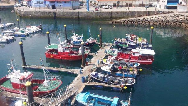 Puerto pesquero de Lastres (Colunga).