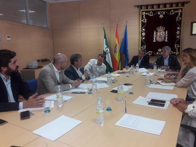 Reunión en la Subdelegación del Gobierno para la activación del tranvía de la Bahía de Cádiz