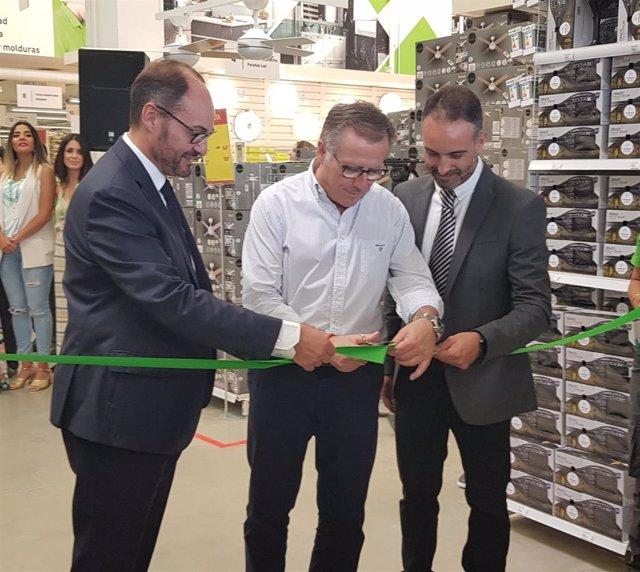 Apertura de la nueva tienda de Leroy Merlin en Melilla