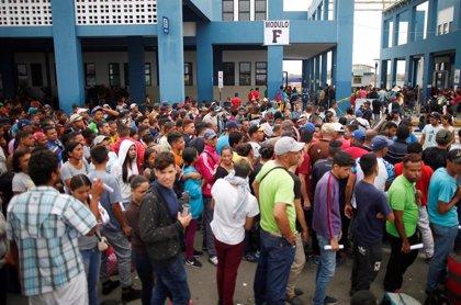 Venezuela repatría a otras 90 personas desde Ecuador