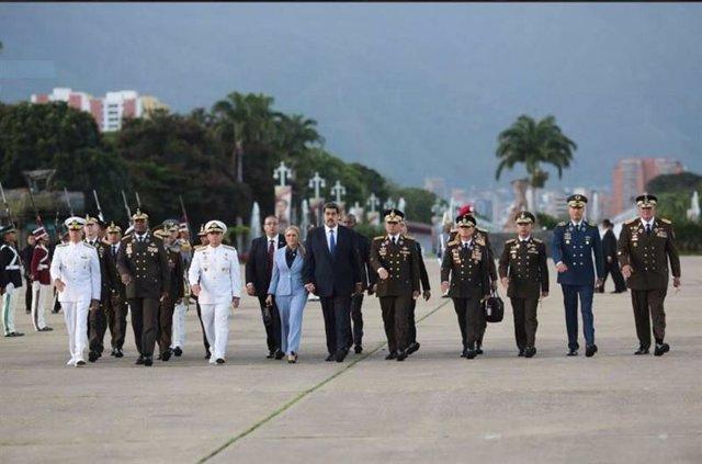 Nicolás Maduro y los altos mandos de las fuerzas armadas