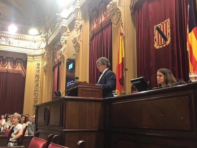 El presidente del Parlament, Vicenç Thomàs, en el discurso de la sesión de apertura del Parlament