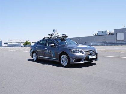 Toyota inicia pruebas de conducción automatizada en carreteras públicas en Europa