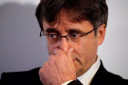 El Supremo confirma la situación de rebeldía y la suspensión de cargo público de Puigdemont