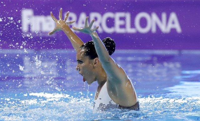 Ona Carbonell durant el seu solo en les FINA World Series de Barcelona