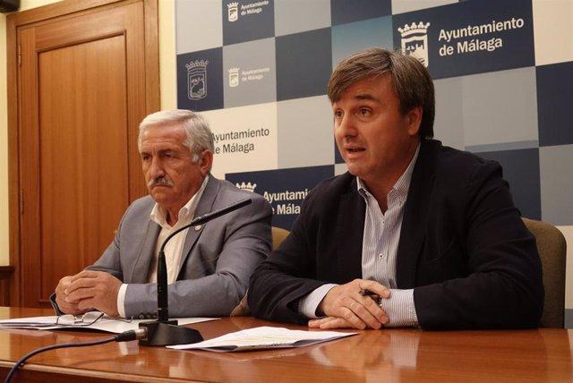 Los concejales delegados de Seguridad y Movilidad, Avelino de Barrionuevo y José del Río,