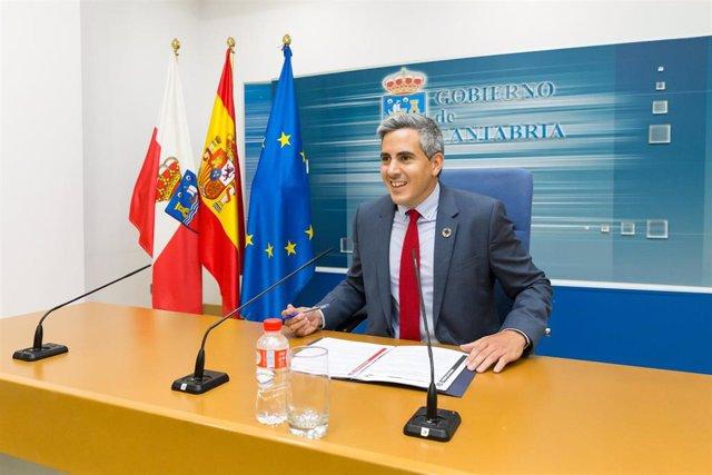 Pablo Zuloaga, en su primera rueda de prensa como vicepresidente y portavoz del Gobierno de Cantabria. El también consejero de Universidades, Igualdad, Cultura y Deporte informa de los acuerdos del primero Consejo de Gobierno