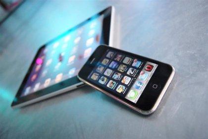 Francia aprueba imponer una tasa a los gigantes digitales pese a las presiones de EEUU