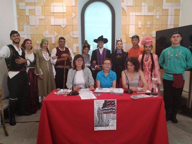 Presentación de la XXXII edición del Festival Folclórico Internacional La Esteva.