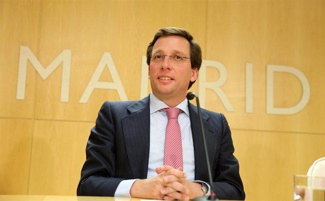 El alcalde de Madrid, José Luis Martínez Almeida, en rueda de prensa posterior a la Junta de Gobierno.
