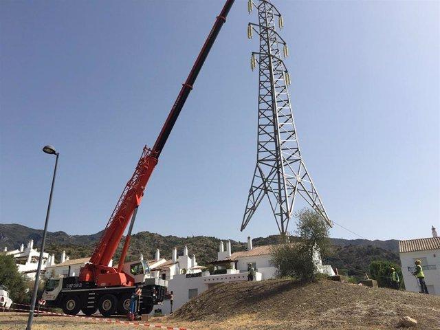 El Ayuntamiento de Marbella culmina el soterramiento de la línea de alta tensión de Xarblanca