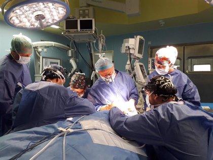 El H. La Ribera de Valencia realiza uno de los primeros trasplantes de ganglios del cuello a un paciente con linfedema