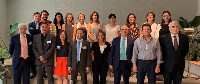 Reunión de Farmaindustria con gestores, profesionales sanitarios e investigadores para reforzar los ensayos clínicos en España