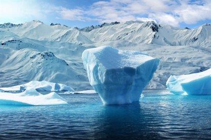 Un empresario emiratí quiere remolcar un iceberg desde la Antártida hasta los Emiratos Árabes Unidos