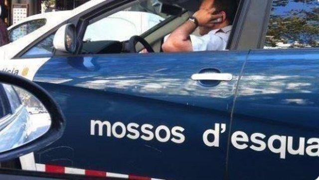 MOSSOS D'esquadra