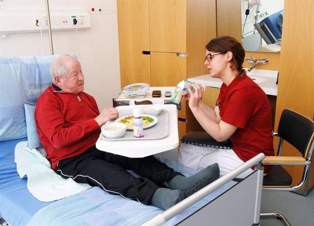 Paciente, hospital, comida