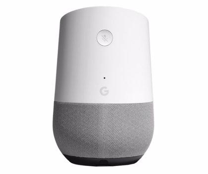 Google admite que transcribe un 0,2% de las conversaciones de su asistente virtual