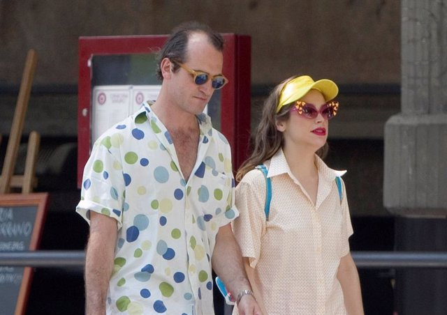 Cósima Ramírez y Giovanni Arlotta pasean su amor por las calles de Madrid