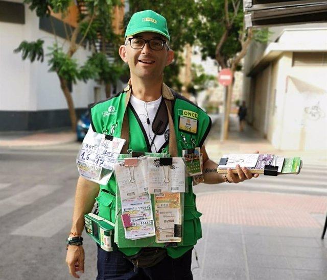 Ginés Pérez, vendedor de la ONCE
