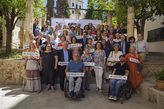 Bankia y Fundación Sa Nostra entregan 120.000 euros a programas sociales de más de 30 asociaciones de las Islas