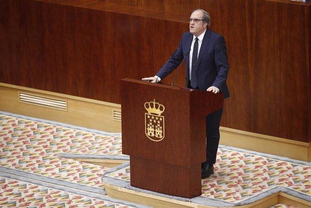 Imagen de archivo del candidato del PSOE a la presidencia de la Comunidad de Madrid, Ángel Gabilondo, en la Asamblea de Madrid.