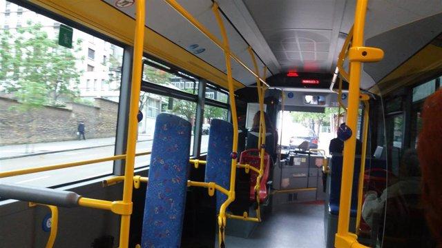 Autobús TUA de Oviedo.