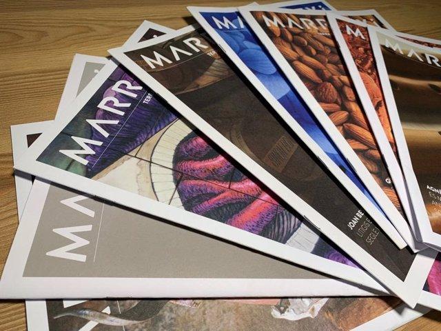 Ejemplares de la revista municipal 'Marratxí, terra de fang'.