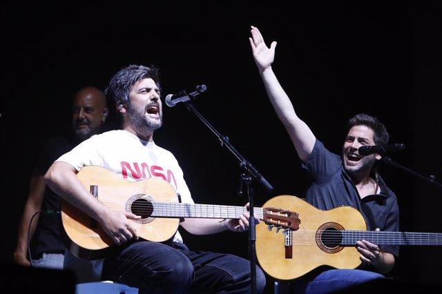 Los hermanos Muñoz, del grupo de música Estopa