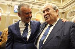 El presidente de Canarias junto a Jerónimo Saavedr