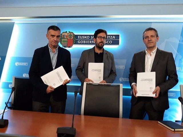 Jonan Fernández, Gorka Urrutia y José Ramón Intxaurbe