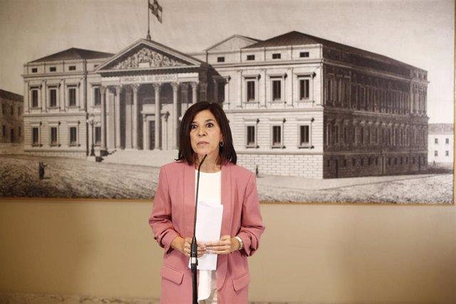 La europarlamentaria del PNV, Izaskun Bilbao, en rueda de prensa (archivo)