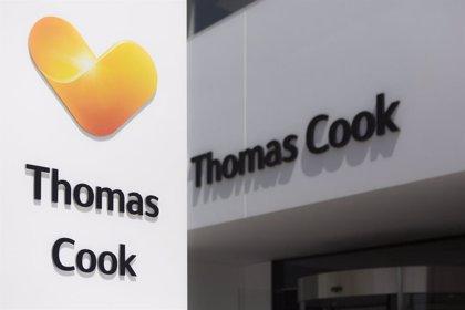 Thomas Cook se hunde en Bolsa tras confirmar que negocia con Fosun su plan de rescate