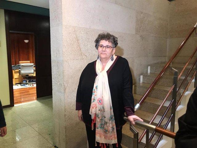 Milagros Otero, valedora do Pobo, explica los motivos de por qué se puso a disposición del Parlamento y condiciona su renuncia a que haya sustituto