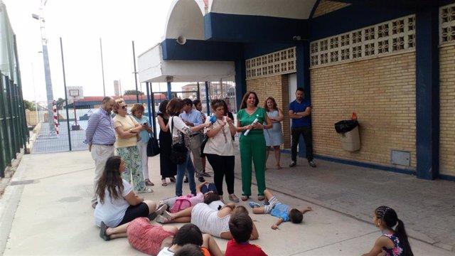 La delegada de Educación, Estela Villalba, en la Escuela de Verano.