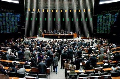 La Cámara Baja de Brasil podría esperar hasta agosto para votar la reforma de pensiones