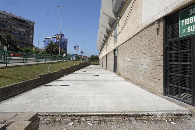 Obras en el entorno del campo de El Sardinero,  donde juega el Racing de Santander