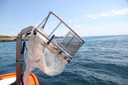 El servei de neteja del litoral de Balears recull 14,5 tones de residus al juny