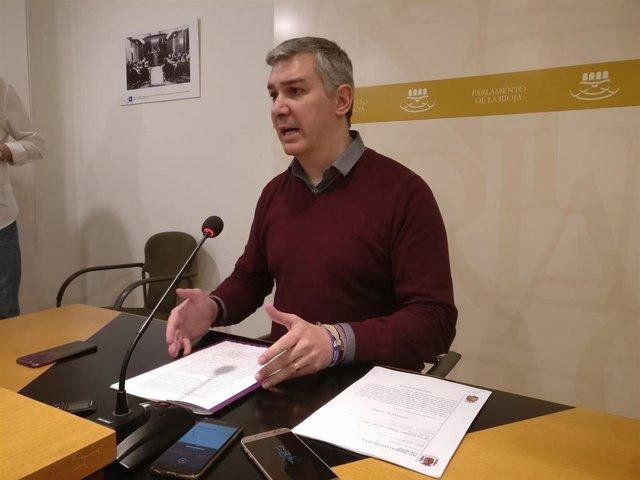 El portavoz de Podemos en el Parlamento riojano, Germán Cantabrana