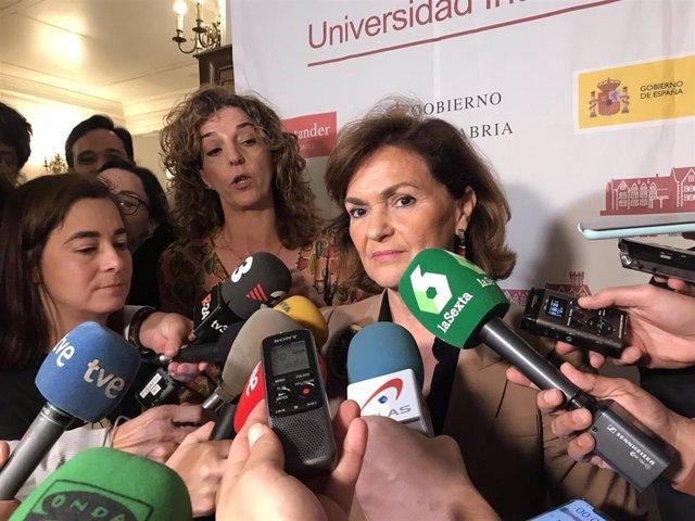 La vicepresidenta Carmen Calvo en la UIMP