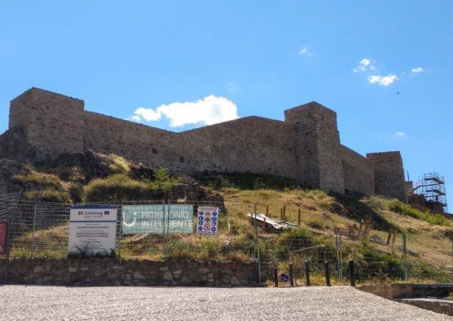Las obras de rehabilitación del Castillo de Aracena en el marco de Fortours superan el 50 por ciento de ejecución