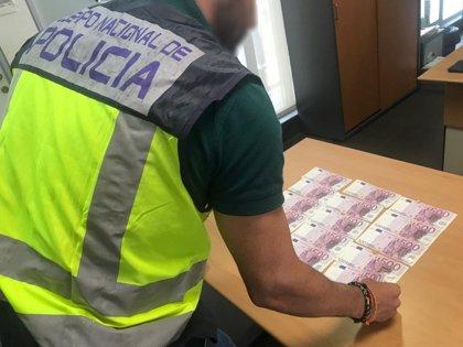 Dos jóvenes detenidos por estafar a un casino de Alicante más de 7.000 euros con billetes falsos