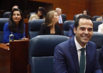 "Aguado tacha de ""paripé"" la relación de Sánchez e Iglesias porque ""ambos saben que van a entenderse"""
