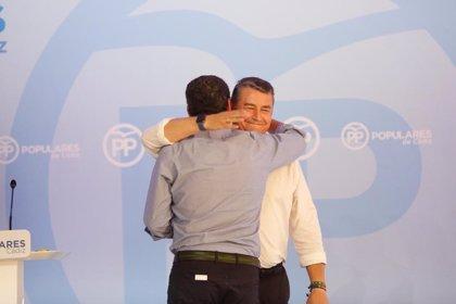 """Moreno agradece a Sanz su labor al frente del PP de Cádiz y le define como un político """"incansable"""""""