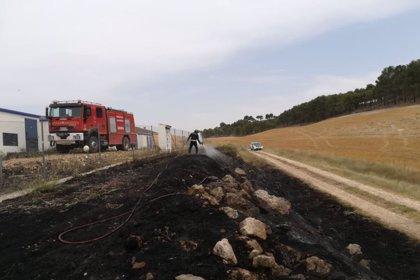 Sofocado un incendio próximo a una planta de placas solares en Mota del Marqués (Valladolid)