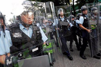 Al menos cinco heridos por las protestas contra comerciantes ilegales chinos en Hong Kong