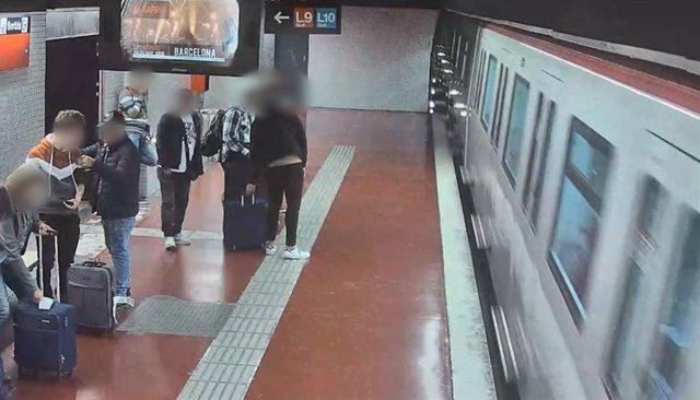 Grupo especializado en hurtos en el Metro de Barcelona
