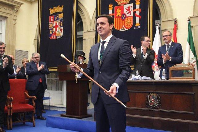 Pleno de investidura como presidente de la Diputación de Almería de Javier Aureliano García.