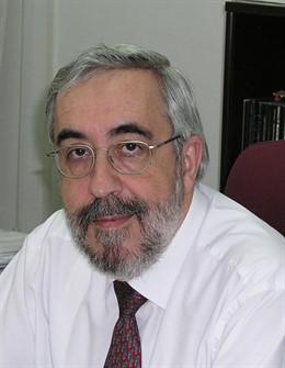 El catedrático Pablo Espinet.