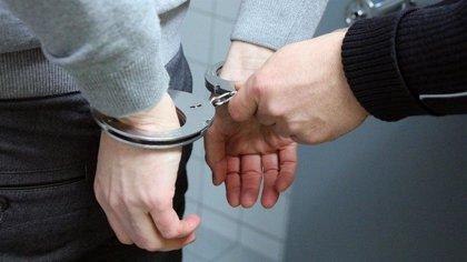 Detenidos cuatro jóvenes por un delito sexual contra una menor en Manresa (Barcelona)